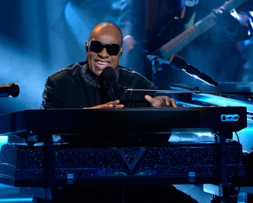 LOS ANGELES, CA - FEBRUARY 10:  Honoree Stevie Wonder performs onstage during Stevie Wonder: Songs In The Key Of Life - An All-Star GRAMMY Salute at Nokia Theatre L.A. Live on February 10, 2015 in Los Angeles, California.  (Photo by Kevork Djansezian/Getty Images)