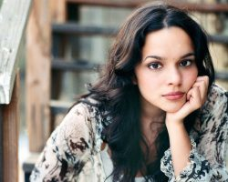 Piesa de Noapte Bună: Norah Jones-Come Away With Me
